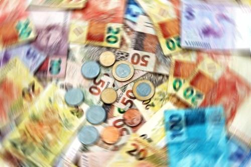 Ritual de São Lázaro para aumentar o fluxo de dinheiro em sua vida